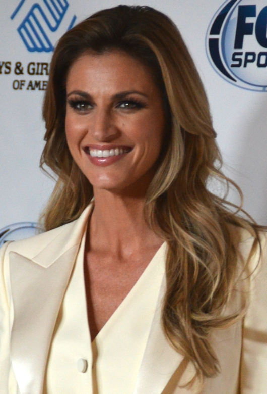 erin_andrews_-_november_2014_28cropped29